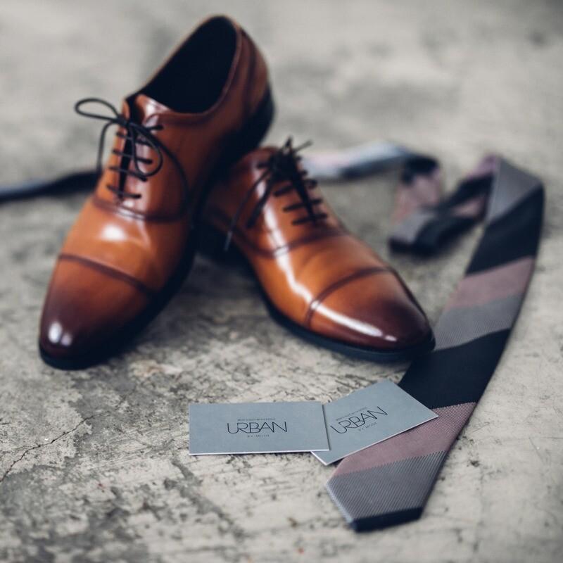 棕色禮服皮鞋