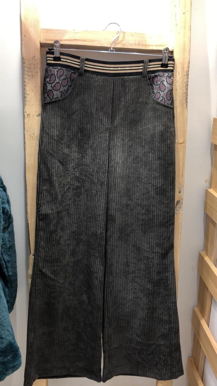 Pantalón de pana gruesa