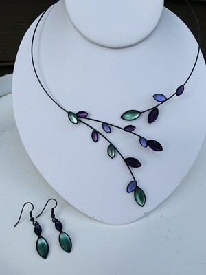 Kristina Willow Necklace & Earring Set