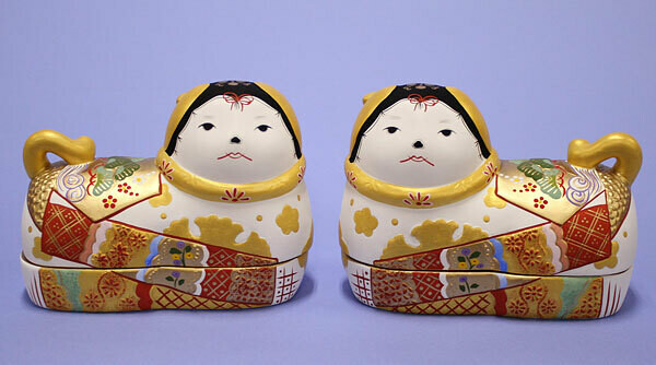 INUBAKO POTTERY: A pair of big size white color
