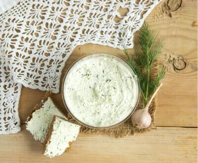 Сыр творожный с огурцом и зеленью 10 % 400 гр