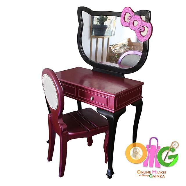 RBT2 Arts & Craft - Hello Kitty Dresser
