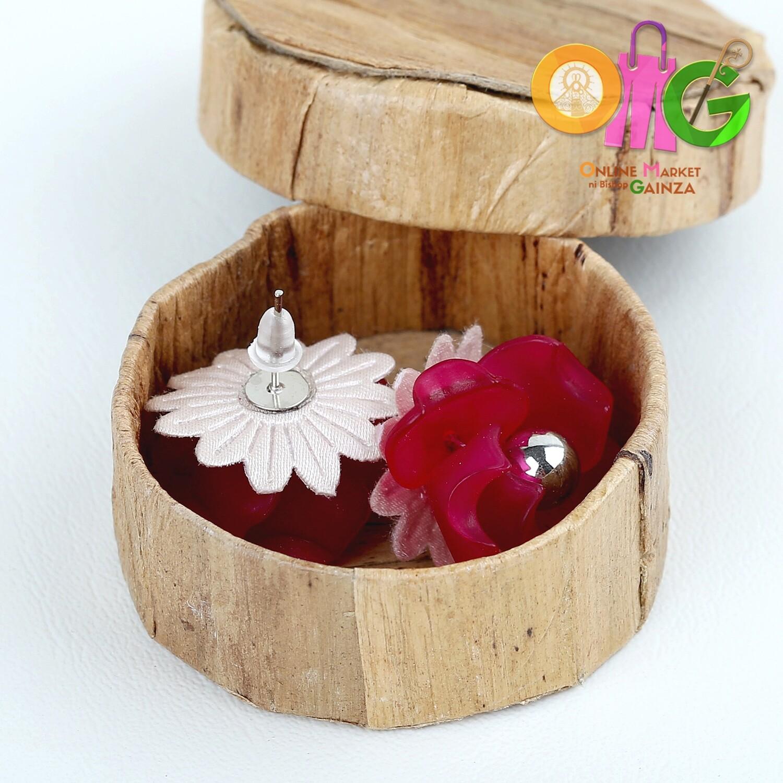 Icenhart Kawaii Handicrafts - Red Flower Earrings