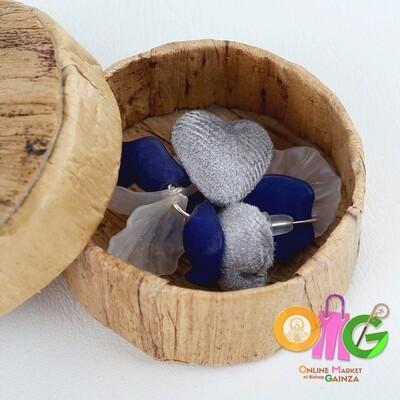 Icenhart Kawaii Handicrafts -  Heart Petal Earrings