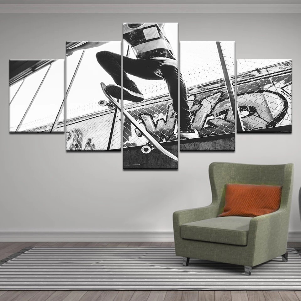Skateboarding Black And White - 5 Panel Canvas Print Wall Art Set