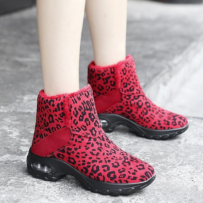 Women's Outdoor Plush Warm Winter Boots Thermal Comfortable Villi Casual Slip-on High Top Shoes