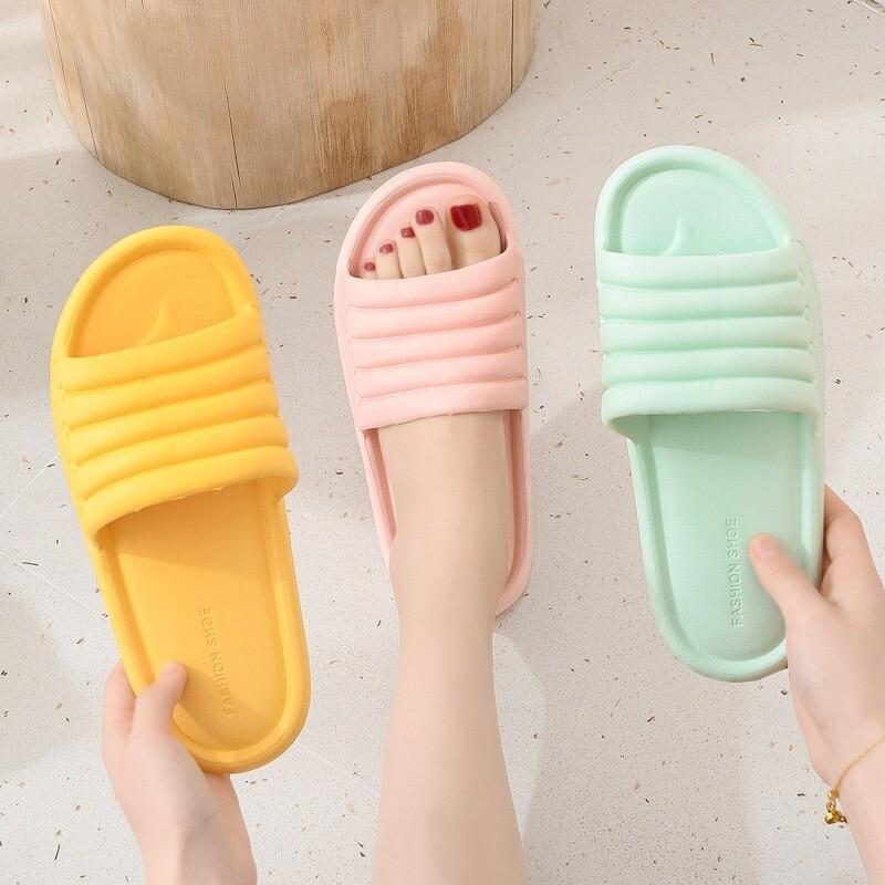 Comfy Women's Comfortable Breathable Home Bathroom Flat Slippers Summer Non-slip Flip Flops Indoor
