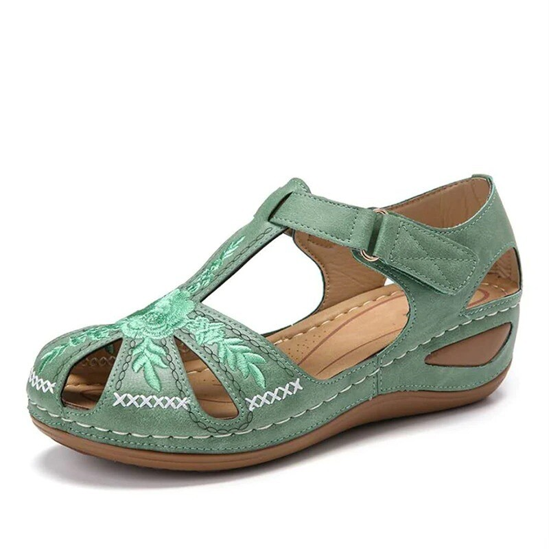 Women Summer Rome Hollow Out Breathable Vintage Comfortable Sandals