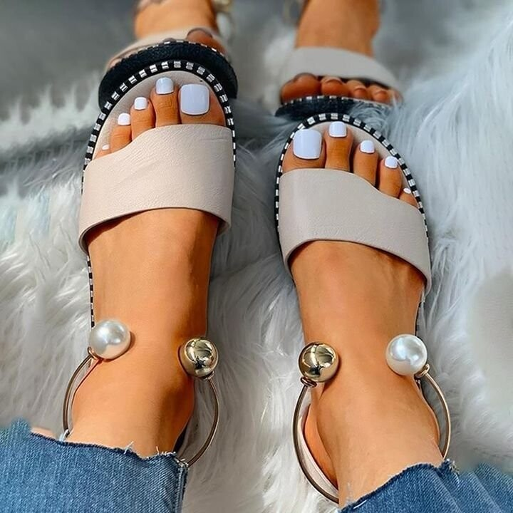 Summer Premium Comfortable Pearl Buckle Women Leather Sandals Casual Slippers