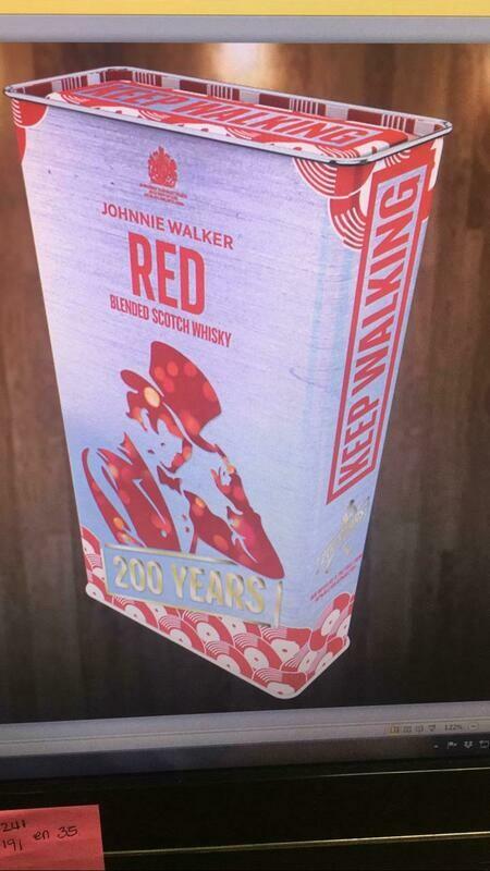 LATA DECORATIVA  X 2 UNIDADES DE WHISKY JOHNNIE WALKER RED DE 700ML  C/U