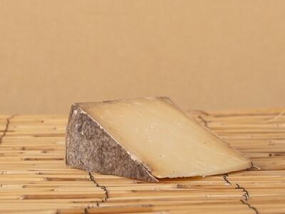 Bleu Mont Bandged Cheddar - 1/2 Pound