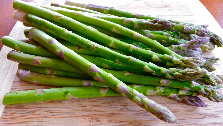 Asparagus, Green, organic  - 1/2 Pound