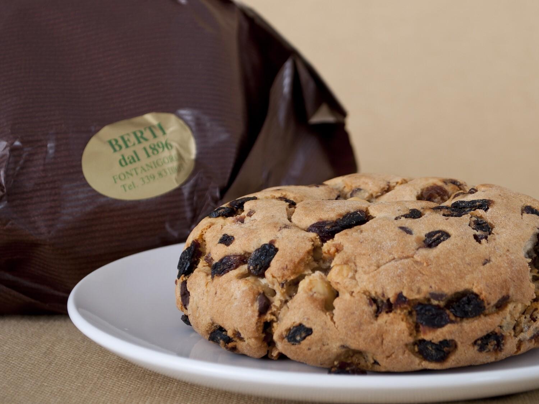Pandolce Chocolate & Hazelnuts