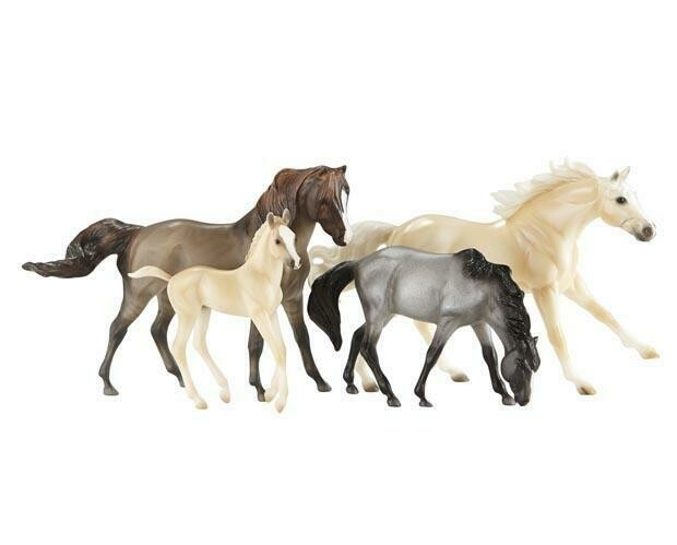 BREYER 1728 CLOUDS ENCORE GIFT SET *