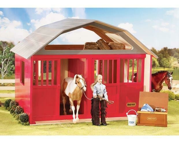 BREYER 307 PAINTED DELUXE TWO STALL *