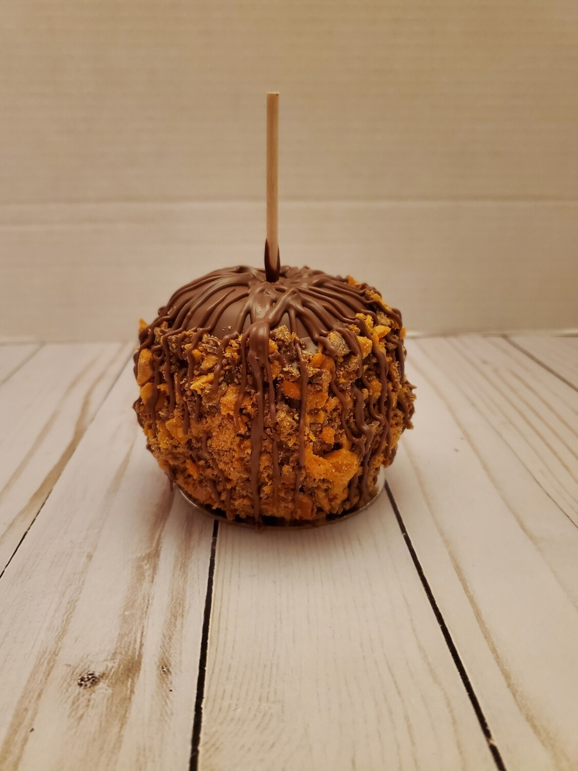 Butterfinger Caramel and Chocolate Apple