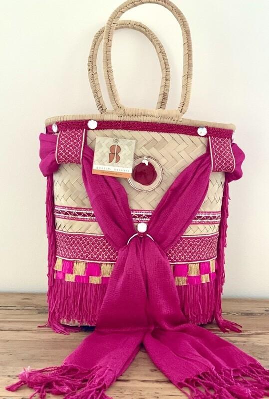 Cerise/von Gootchi Handbag