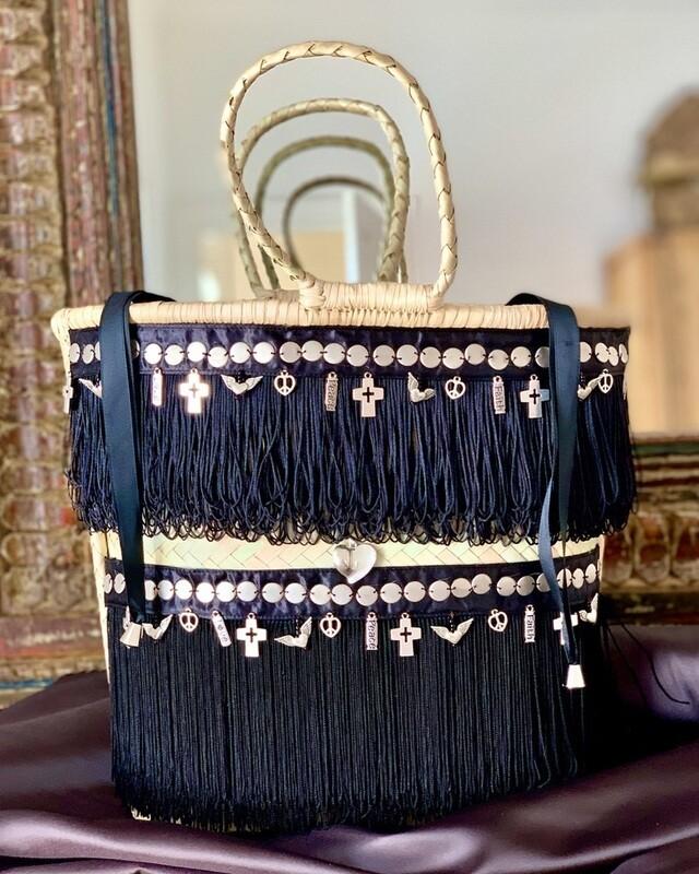 Gootchi Handbag/Peace, Love, Faith