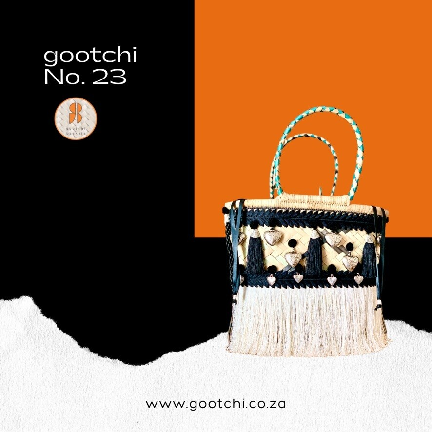 Gootchi Handbag/love loves to love love