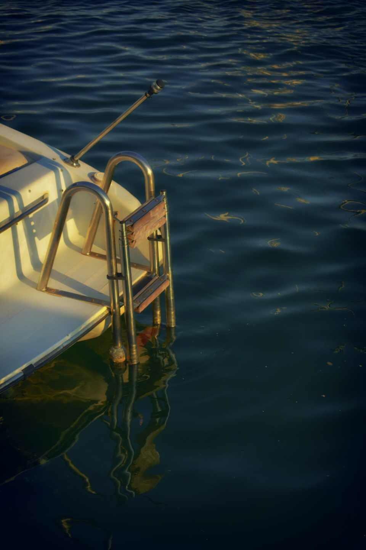 Boat ladder. Universo Fran.