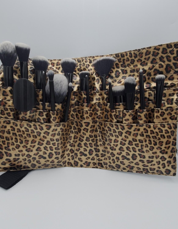 18 piece Lux brush set