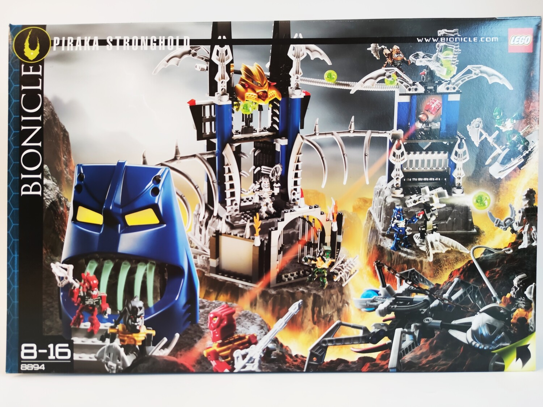 Lego 8894  Piraka Stronghold