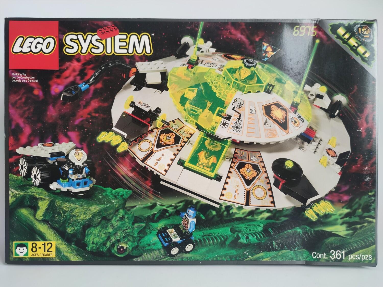 Lego Alien Avenger 6975