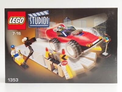 Lego 1353 Car Stunt Studio
