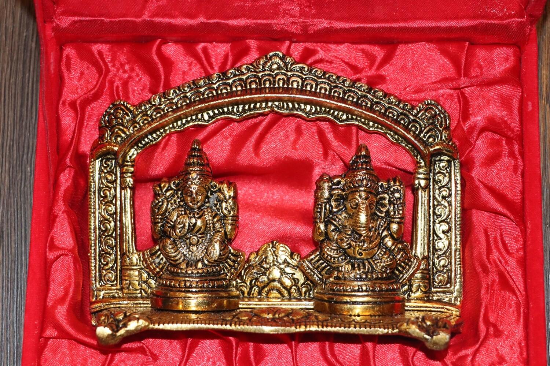 Laxmi Ganesha with temple Frame
