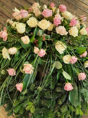 Trauerkranz Rosen zweifärbig