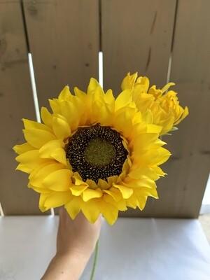 Sonnenblume aus Seide