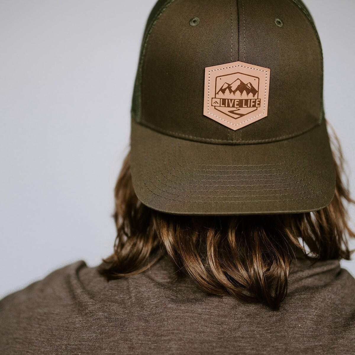 LL LEATHER BADGE HAT GREEN