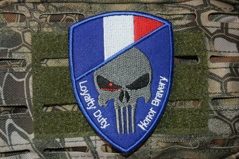 Patch Airsoft Punisher FRANCE avec scratch au dos