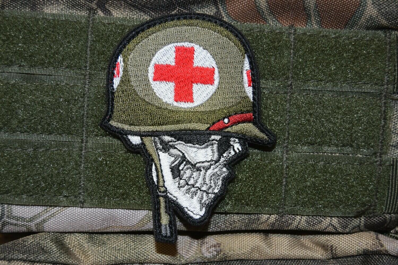 Patch Tête de Mort MEDIC US avec scratch au dos