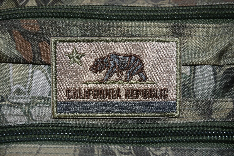 Patch Drapeau à l'ours USA CALIFORNIA REPUBLIC avec scratch au dos