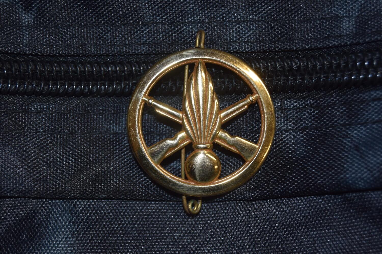 Insigne de béret militaire Régiment d'Infanterie