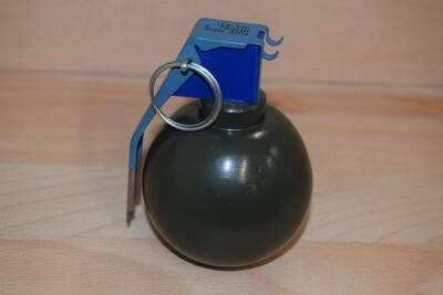 Reproduction Grenade à main Américaine M67 Kaki bois décoration