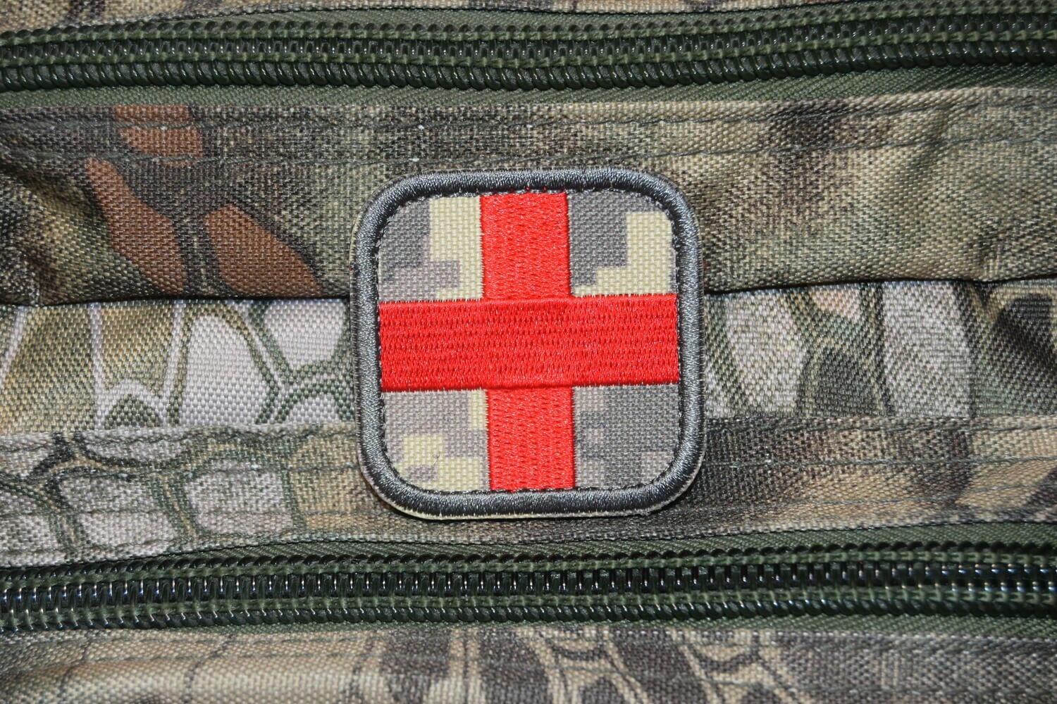 Grade militaire ACU MEDIC MED Secouriste Airsoft