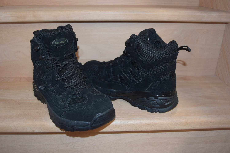 Chaussures de randonnée SQUAD Black