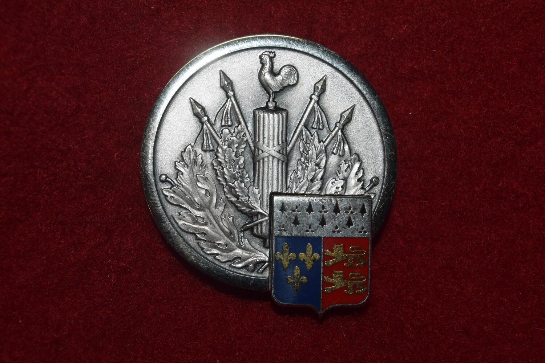 Insigne militaire Direction Commissariat Armée de Terre C.M.D. RENNES
