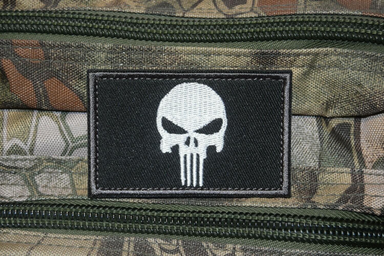 Patch US Punisher crâne blanc avec scratch au dos