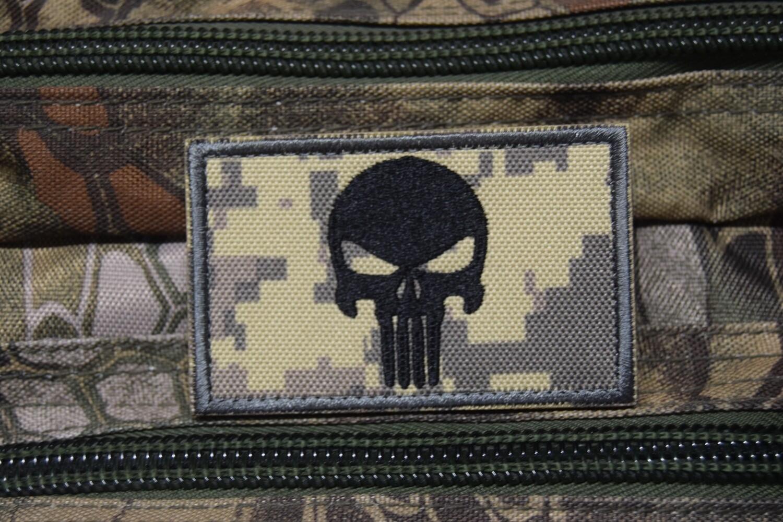 Patch US tête de Punisher crâne noir avec scratch au dos