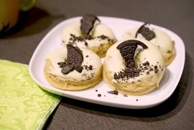 White Oreo Snack in Donut-Form (4 Stück)