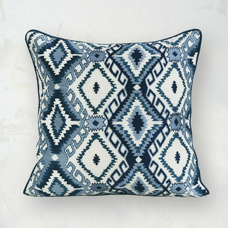Jax Pillow