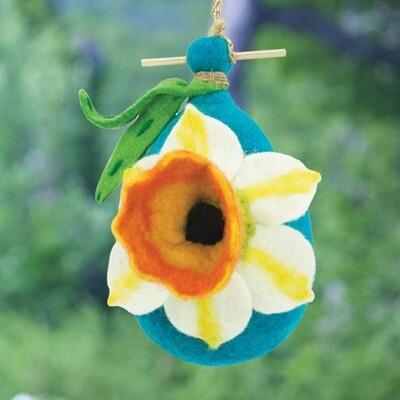 Daffodil Birdhouse