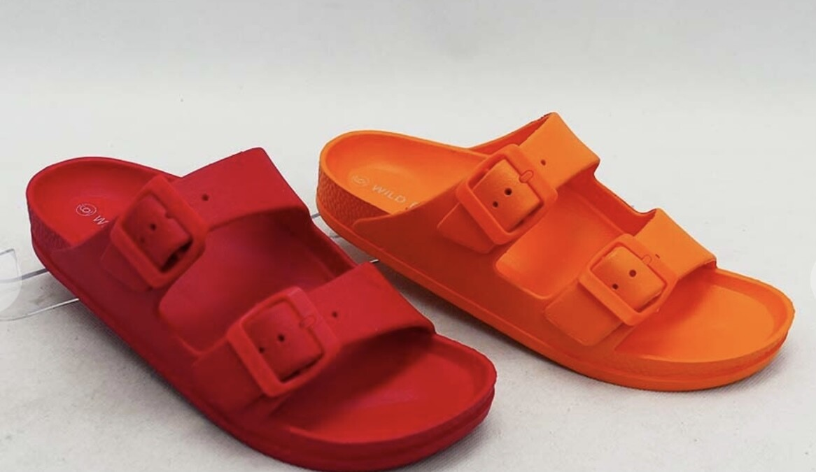 Double Buckled Jelly Slides