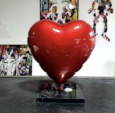 Auguste - balloon heart