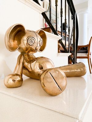 Gutinke Meine Bronze by FRINGE