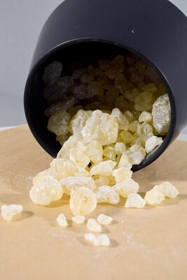 Damar Resin Crystals