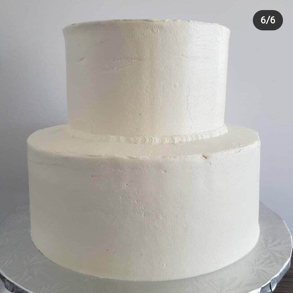 Gâteau de Mariage Blanc 2 niveaux/ Wedding Cake White 2 tier